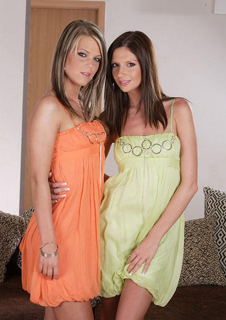 Teen Depot - Trisha and Zsusza